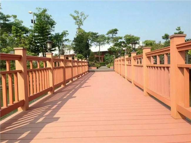 Garden Decorative WPC Handrail , Anti Slip Outdoor WPC Tube Railing Post